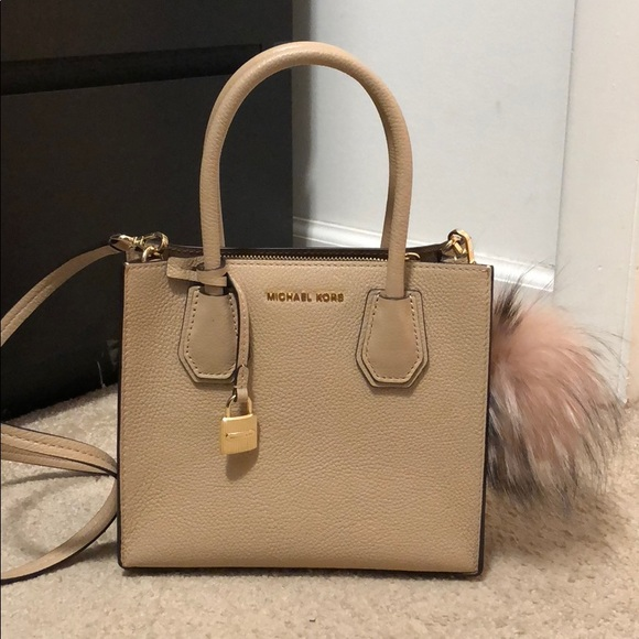 fd44b3178e30 Michael Kors Bags | Mercer Leather Crossbody In Nude | Poshmark